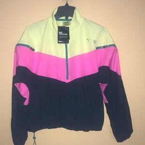 Puma outwear jacket ( wind breaker )